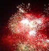 Праздничный салют в честь 60-тилетия со дня освобождения Беларуси над Минском[Нажмите для увеличения]
