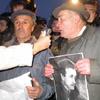 Участники акции протеста 20 ноября.[Нажмите для увеличения]